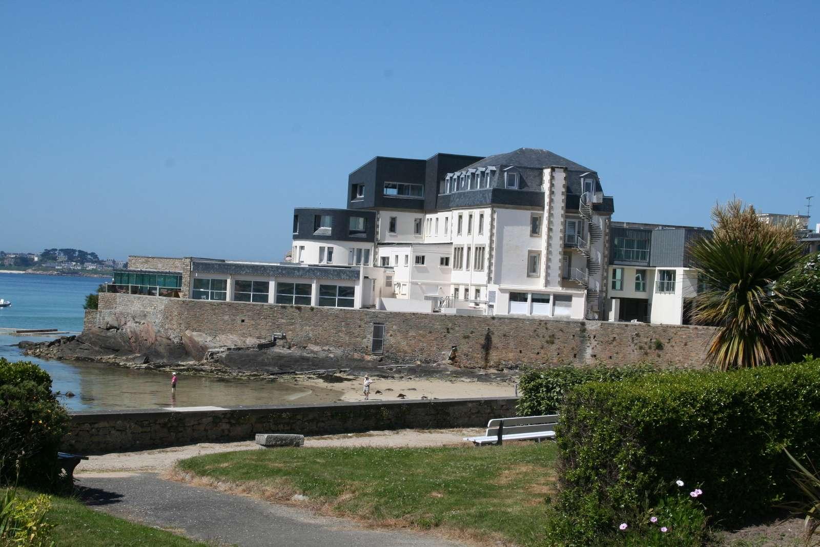 Institut marin roch-roum hesco 6